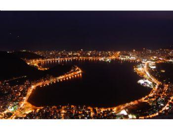 Lagoa - Noite.